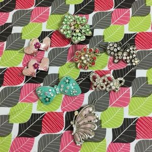 8 piece broches